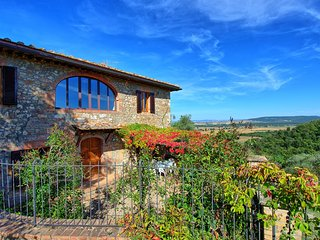 4 bedroom Villa in Recenza, Tuscany, Italy - 5241189