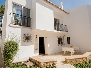 2 bedroom Villa in Vale do Lobo, Faro, Portugal : ref 5480084