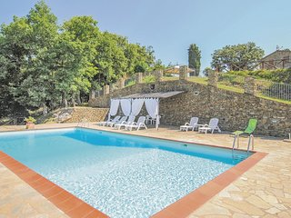 3 bedroom Apartment in Le Lastre, Tuscany, Italy : ref 5548379