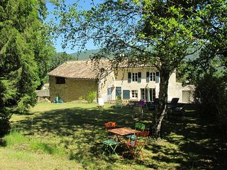 4 bedroom Villa in Le Poet-Laval, Auvergne-Rhone-Alpes, France : ref 5443461