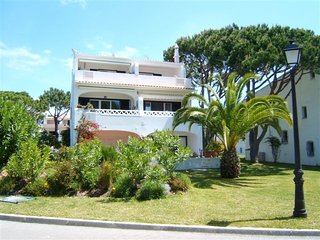 Vale do Lobo Apartment Sleeps 4 with Air Con and WiFi - 5607806