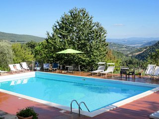 3 bedroom Apartment in Monte Santa Maria Tiberina, Umbria, Italy : ref 5656145