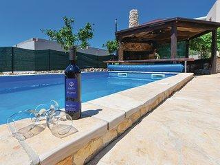 2 bedroom Apartment in Stupin Celine, , Croatia : ref 5526679