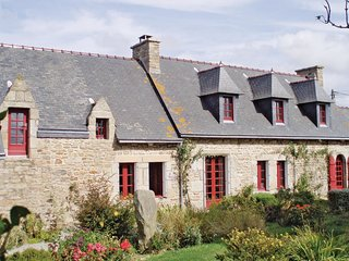 5 bedroom Villa in Ranorgat, Brittany, France : ref 5522011