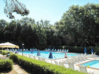 2 bedroom Apartment in Valserena, Tuscany, Italy : ref 5656067