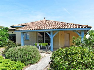 2 bedroom Villa in Moliets-et-Maa, Nouvelle-Aquitaine, France : ref 5434971