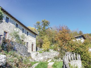 4 bedroom Villa in Vallico di Sopra, Tuscany, Italy : ref 5540293