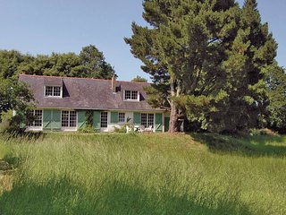3 bedroom Villa in Doëlan, Brittany, France : ref 5538948