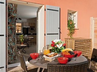 Authentic Provencal-style Holiday House | Explore France