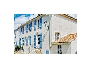 3 bedroom Villa in Angles, Pays de la Loire, France : ref 5522482