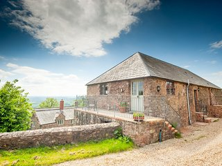 Tilbury Cottage, Panoramic Views - Quantock Hills ANOB