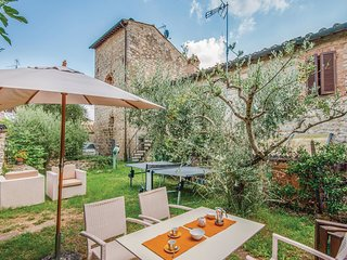 2 bedroom Villa in Quartaia, Tuscany, Italy : ref 5667742