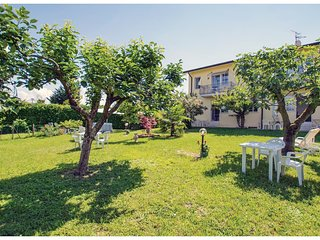 1 bedroom Apartment in Vanon, Veneto, Italy : ref 5571316