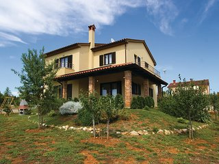 3 bedroom Villa in Vodnjan, Istria, Croatia : ref 5564104