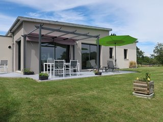 3 bedroom Villa in Tréogat, Brittany, France : ref 5650858