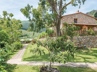 3 bedroom Apartment in Buti, Tuscany, Italy : ref 5540399