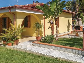 3 bedroom Villa in Donna Ca', Calabria, Italy : ref 5571482