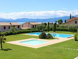 1 bedroom Apartment in Lazise, Veneto, Italy : ref 5655302