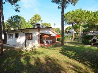 2 bedroom Villa in Lignano Pineta, Friuli Venezia Giulia, Italy : ref 5638676