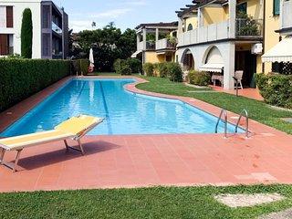 1 bedroom Apartment in Bardolino, Veneto, Italy : ref 5651158