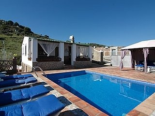 2 bedroom Villa with WiFi - 5080306