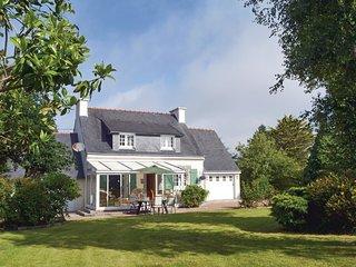 3 bedroom Villa in Lanmeur, Brittany, France : ref 5546873