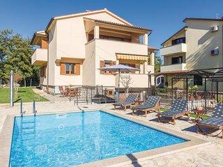 2 bedroom Apartment in Mušalež, Istarska Županija, Croatia : ref 5535894