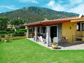 3 bedroom Villa in Villaggio Mandorli, Sardinia, Italy : ref 5668721