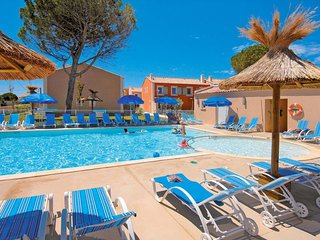2 bedroom Apartment in Aigues-Mortes, Occitania, France : ref 5642290
