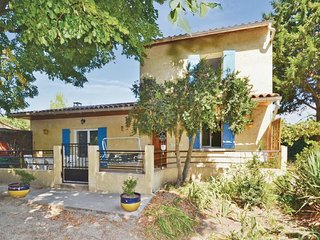 3 bedroom Villa in Mazan, Provence-Alpes-Cote d'Azur, France : ref 5565751