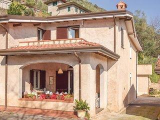 2 bedroom Villa in Nocchi, Tuscany, Italy : ref 5523669