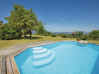 2 bedroom Villa in Yssandon, Nouvelle-Aquitaine, France : ref 5532526