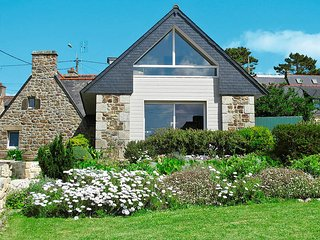 3 bedroom Villa in Crozon, Brittany, France : ref 5438098