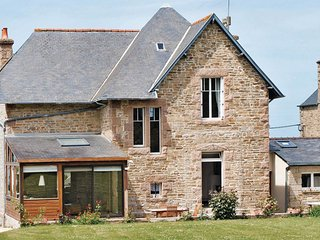 3 bedroom Villa in Trédrez-Locquémeau, Brittany, France : ref 5538874