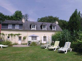 4 bedroom Villa in Nizon, Brittany, France : ref 5522041