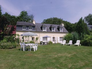 4 bedroom Villa in Nizon, Brittany, France : ref 5522041