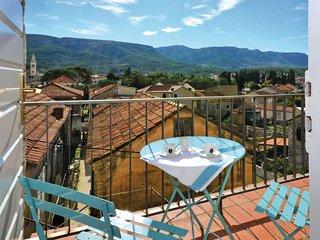 2 bedroom Villa in Jelsa, Splitsko-Dalmatinska Zupanija, Croatia : ref 5562561
