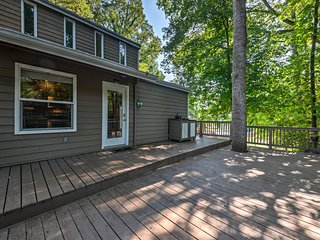NEW! House w/Pvt Boat Dock - Steps to Lake Norman!