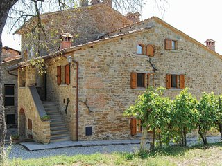 2 bedroom Apartment in Toppole, Tuscany, Italy : ref 5540117