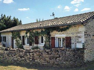 2 bedroom Villa in Messe, Nouvelle-Aquitaine, France : ref 5522221