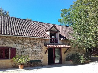 2 bedroom Villa in Saint-Avit-de-Vialard, Nouvelle-Aquitaine, France : ref 56501