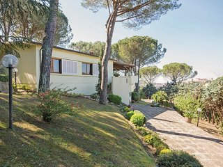3 bedroom Villa in Lari, Tuscany, Italy : ref 5537504