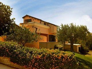 3 bedroom Villa in Aziende Agricole Associate Colle d'Oro, Sicily, Italy : ref 5