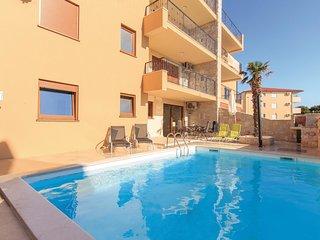 2 bedroom Apartment in Ližnjan, Istria, Croatia : ref 5564798