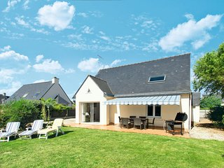 4 bedroom Villa in Saint-Gildas-de-Rhuys, Brittany, France : ref 5650244