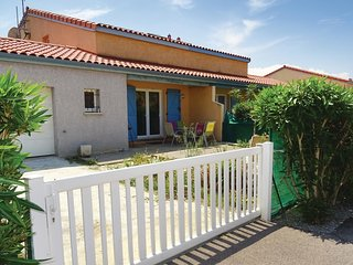 2 bedroom Villa in Le Barcarès, Occitania, France : ref 5545679