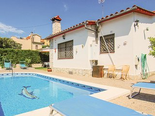 3 bedroom Villa in Montbarbat, Catalonia, Spain - 5639349