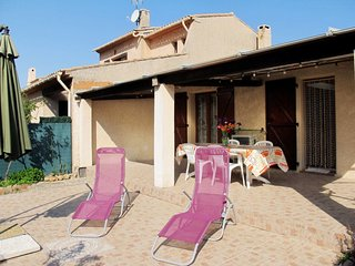3 bedroom Villa in La Londe-les-Maures, Provence-Alpes-Cote d'Azur, France : ref
