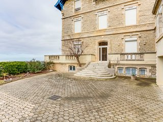 1 bedroom Apartment in Biarritz, Nouvelle-Aquitaine, France : ref 5584086