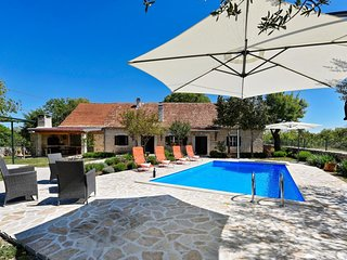 Rural Villa near National Park Krka - Adriatic Luxury Villas W103